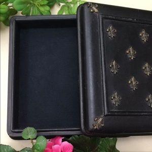 NIB Leather Keepsake Box